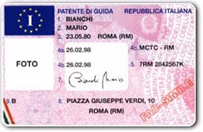 In vigore la nuova patente europea