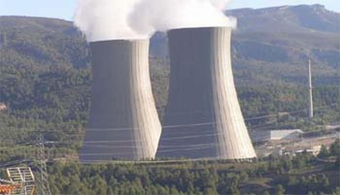 Referendum: si voterà anche sul nucleare