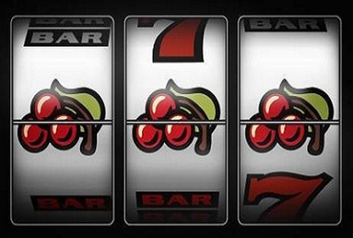 Gioco d'azzardo, i Comuni, le Case del Popolo