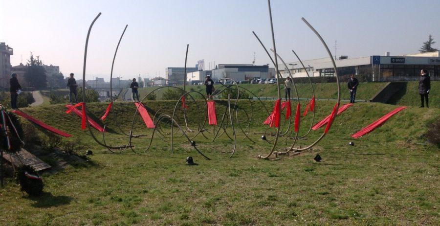 """Re-inaugurazione del monumento """"La Rossa"""" a ricordo di 8 partigiani uccisi"""