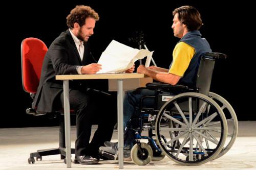 """""""La rivoluzione delle sedie"""" al teatro di Conselice"""