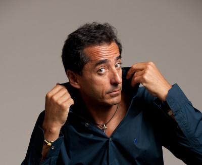 """""""Cervelli in fuga"""" recital del comico Henry Zaffa al teatro di Dozza"""