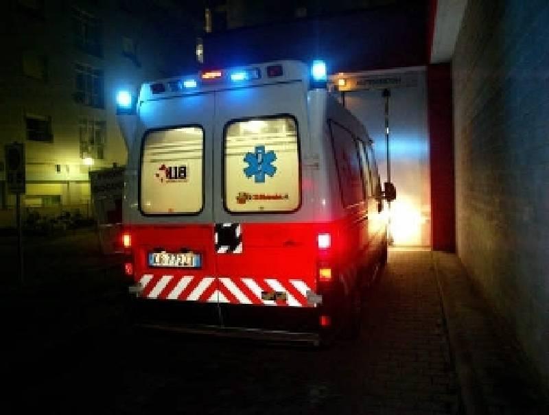 Incidente alle 4 del mattino sulla via Emilia, muore un 26enne