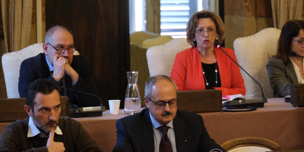 Giunta comunale, crisi senza fine: la sindaca esautora l'assessore Lelli