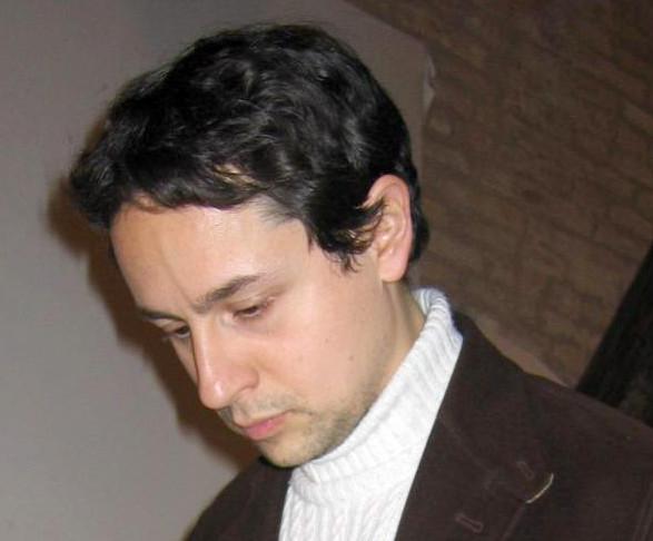 """Luca Martini presenta """"Mio padre era comunista"""""""
