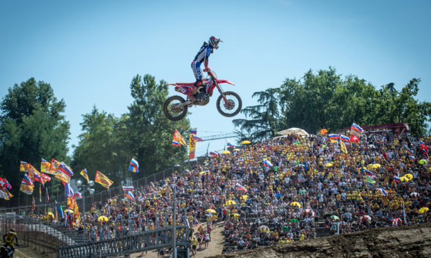 """Mondiale Motocross, il """"grande caldo"""" non scioglie troppo gli spettatori"""