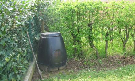 Fare compost riduce i rifiuti e si risparmia in bolletta
