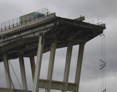 Ponte Morandi, tutto attorno un gran silenzio… come a Woodstock