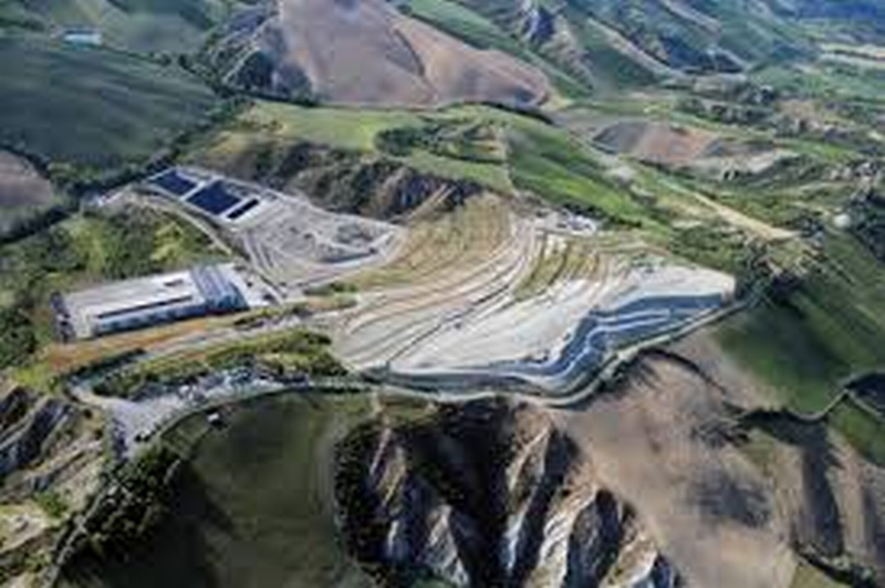 """Discarica, Piccinini (M5s) chiede """"tempi certi e bonifica dell'impianto Tre Monti"""""""