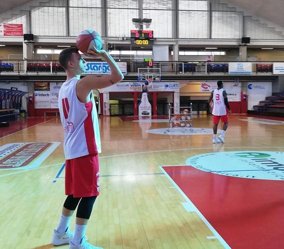 Supercoppa LNP basket, l'Andrea Costa esce con onore