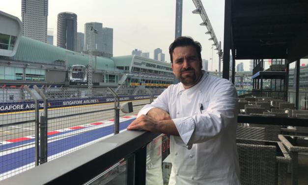 Lo chef Max Mascia del San Domenico al Gp di Singapore pensando a Imola