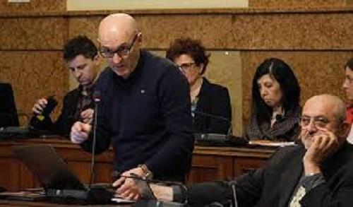 """Valerio Giovetti (M5S): """"Il rinnovo di Estense è del tutto improponibile"""""""