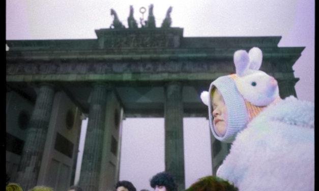 In mostra le foto di Massimo Golfieri per ricordare la caduta del Muro