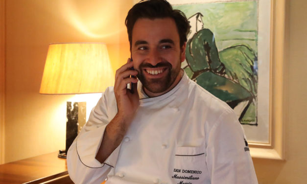 """Il ristorante San Domenico, a quasi 50 anni, ha due """"grandi"""" stelle Michelin"""