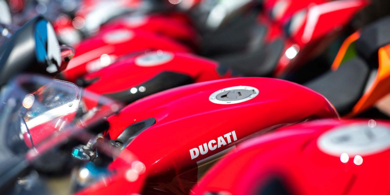 """""""Emozioni in rosso"""", mostra fotografica sul mondo Ducati a Castello"""