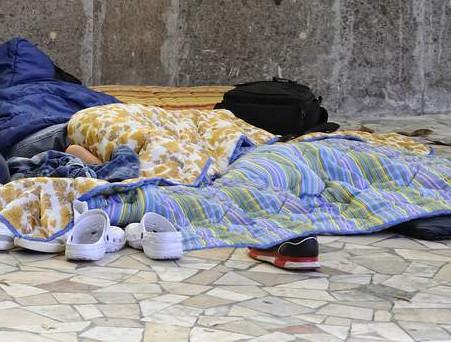 """Appello di una Associazione: """"Aiutare i senzatetto di galleria Risorgimento"""""""