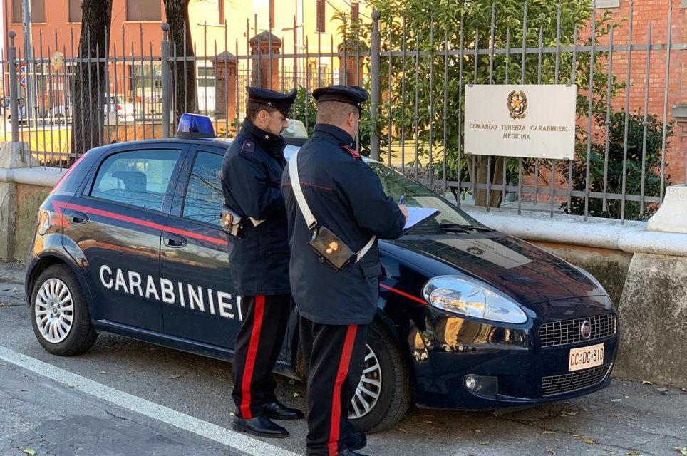Fermato con 2,5 chili di hashish nascosti nell'auto, arrestato dai carabinieri