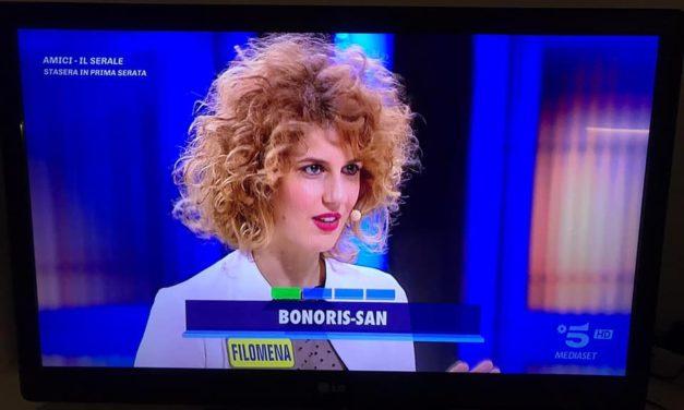 """Filomena Damato """"cerca marito"""" in tv a Mediaset col sorriso"""