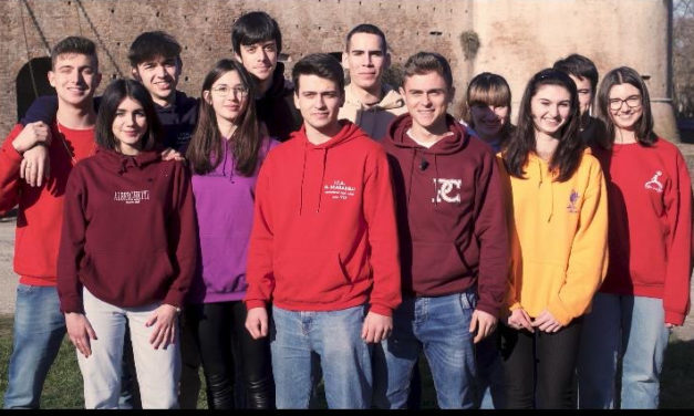 """Coronavirus, gli studenti di """"Futurimola"""" in campo per la solidarietà"""