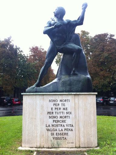 Un 25 aprile senza pubblico, solo Comune e Anpi al Monumento al Partigiano