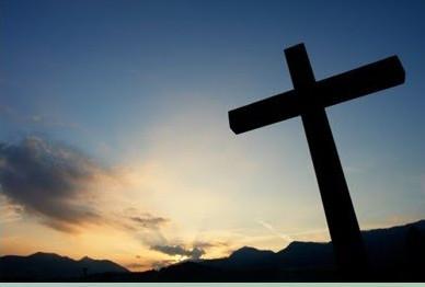Una Via Crucis fuori dagli schemi che fa riflettere