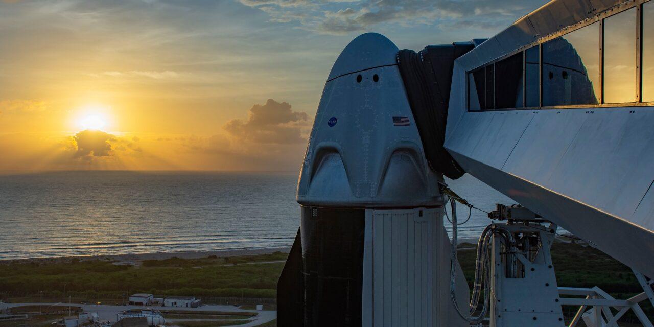 Dopo nove anni la Nasa va in orbita con astronauti, ma il lancio viene rinviato
