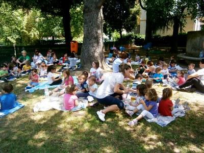 Partono il 15 giugno i centri estivi per bambini in gruppi di 5 con un docente