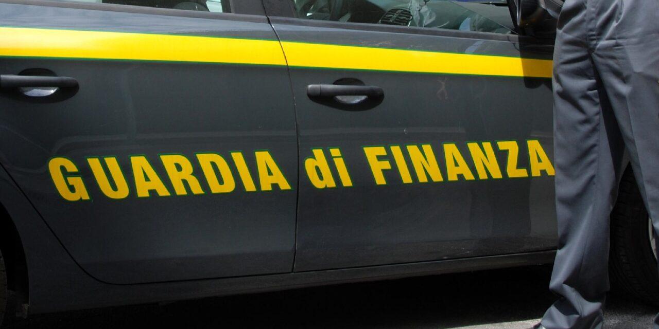 """Indagine della Gdf, un centinaio i """"furbetti"""" dei buoni spesa scoperti a Imola"""
