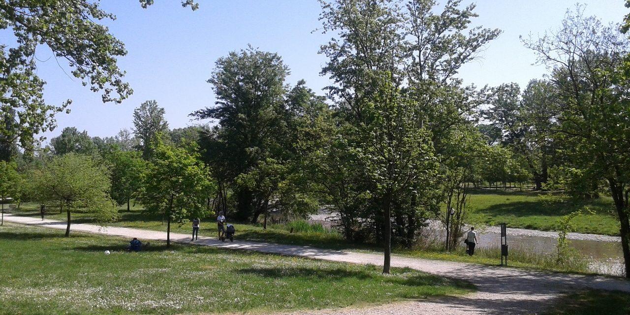 Riaprono i parchi e i giardini pubblici, chiuse le aree giochi per i bambini