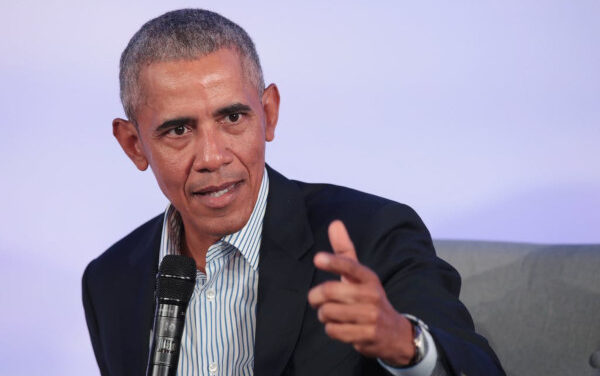 Obama, essere leader davanti al coronavirus