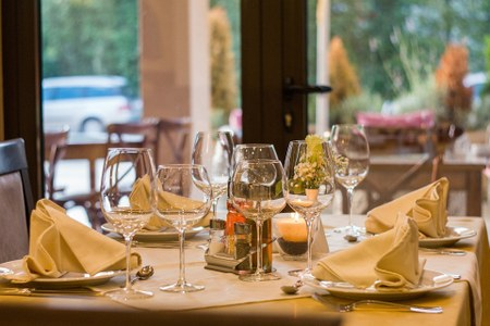 Emilia Romagna: dopo le spiagge ecco le linee guida per ristoranti, bar, pizzerie