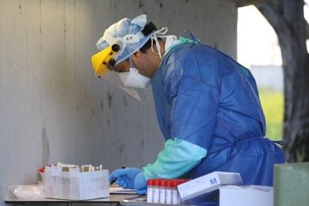 Coronavirus test rapidi: 13 minuti per scovare il virus e circa 10 euro di spesa