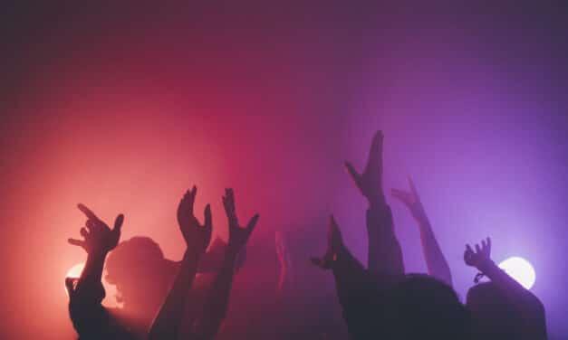 Coronavirus: stop alle discoteche e obbligo serale delle mascherine
