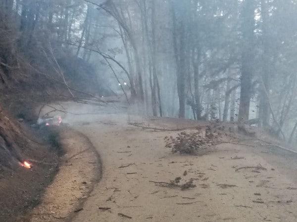 Incendio Monte Battaglia: circondata la zona a rischio, ma il fuoco persiste
