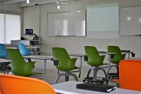 Scuola, l'Emilia-Romagna prova a ripartire in sicurezza