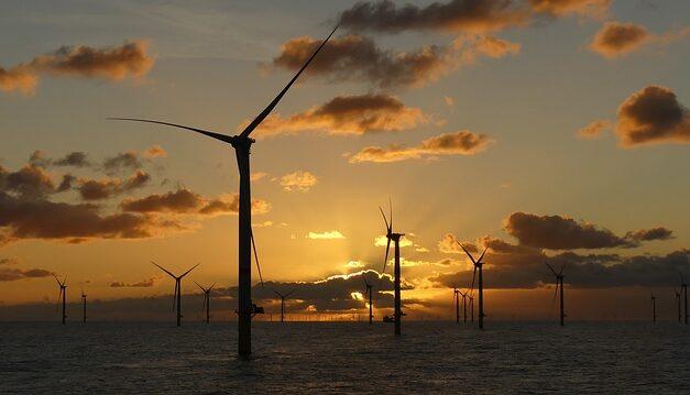 Progetto di eolico offshore per le coste ravennati, tutti d'accordo