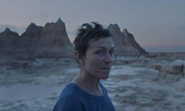"""Venezia, a """"Nomadland"""" di Chloé Zhao (Usa) il Leone d'oro"""
