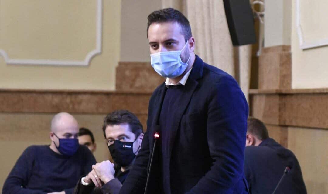 """Lega all'attacco di Visani: """"Fare consigli comunali e commissioni in presenza"""""""