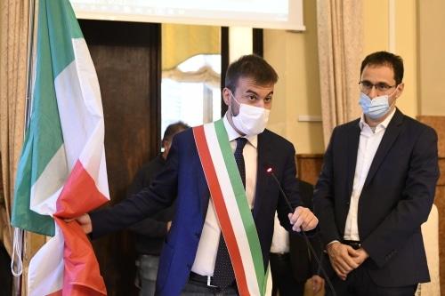 Il sindaco Panieri fa le felicitazioni a fra' Gambetti per la nomina a Cardinale
