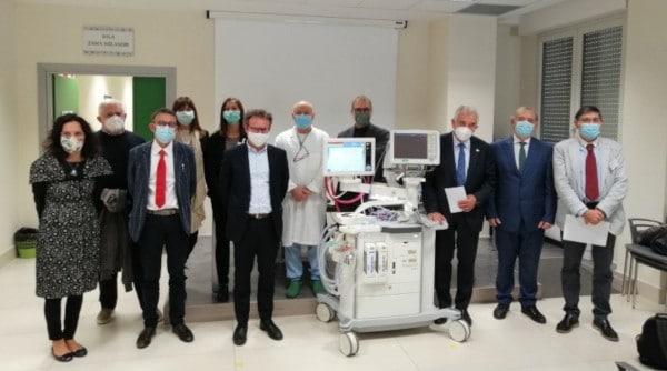 La Bcc dona apparecchiature respiratorie agli ospedali di Faenza, Ravenna e Forlì