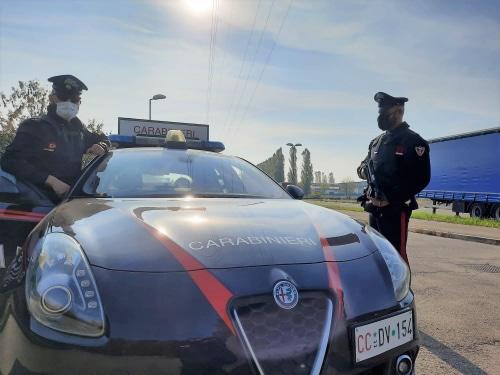 Giovane afghano infreddolito e denutrito sulla San Carlo, soccorso dai carabinieri
