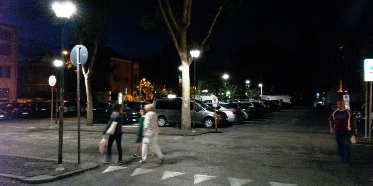 Potenziare la videosorveglianza e maggiore illuminazione in #CastelloCiVede