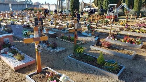 """Tombe sprofondate al cimitero, per Raffini """"danno da piogge, già tutte ripristinate"""""""