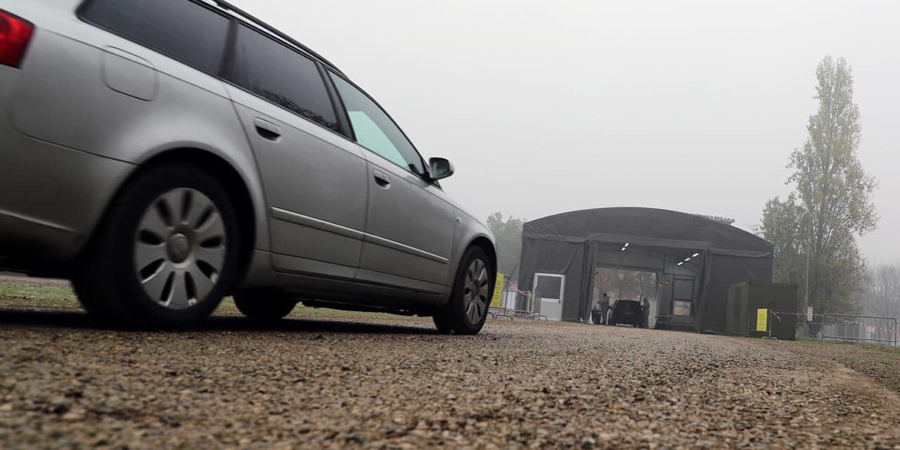Pietrisco per ripianare il Drive-through-Difesa nel lungofiume Pirandello