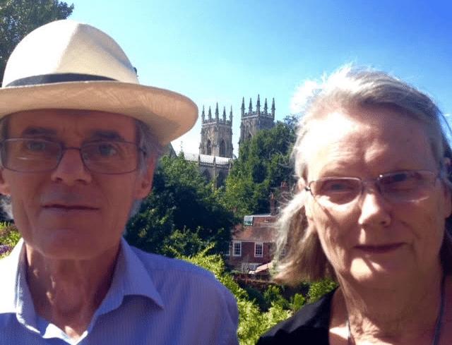 """Coronavirus in UK: """"Anche da noi limiti e confusione e… ora speriamo nei vaccini"""""""