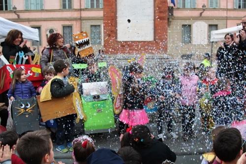 """""""A Carnevale ogni rima vale"""" è il tema on-line del programma di quest'anno"""