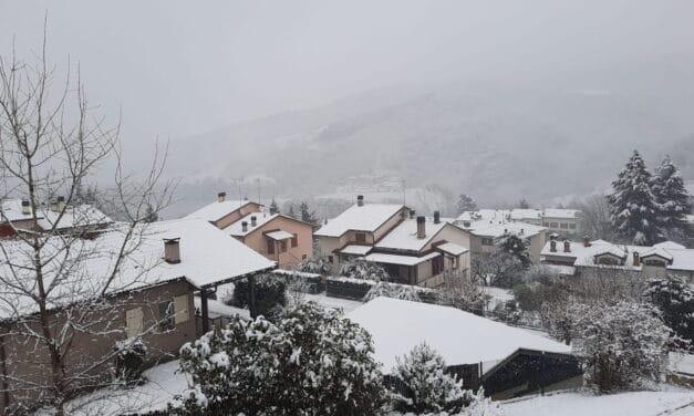 Neve in tutto il circondario: il massimo a Castel del Rio con dieci centimetri