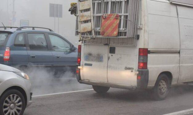 Inquinamento atmosferico in regione, misure d'emergenza fino al 22 gennaio