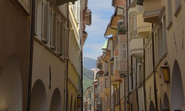 Editoria: Bolzano – Trento il monopolio perfetto