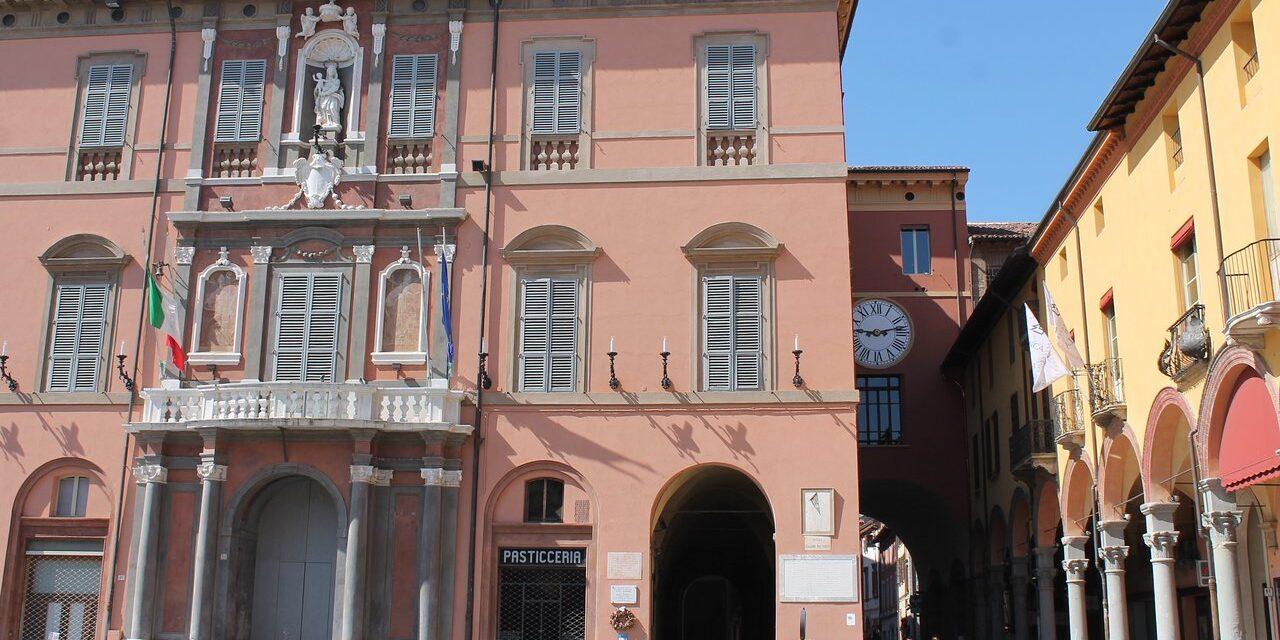 Al via, dopo anni di blocco, i lavori di restauro del lato nord del palazzo comunale